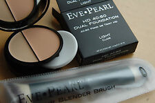 NIB Eve Pearl HD 40:60 Dual Foundation in LIGHT with #201 Dual Brush