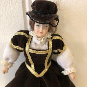 Dolls house miniature 1:12 Tudor porcelain lady doll - FULLY POSABLE