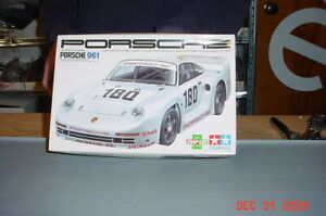 1987 Porsche 961 1/24 Plastic Model Box and PARTS ONLY 2471
