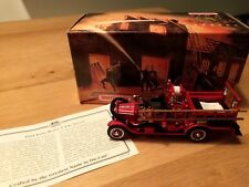 Matchbox models of yesteryear - 1916 Ford Model T Fire Engine - YFE22-M