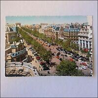Paris L'Avenue des Champs-Elysees Postcard (P419)