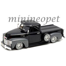 Welly 22087 Low Rider 1953 Chevy 3100 Pick Up Truck 1/24 2-Tone Black Grey