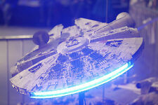 Star Wars Millennium Falcon  Studio Scale 72cm long + LED LIGHTS IN ENGINE