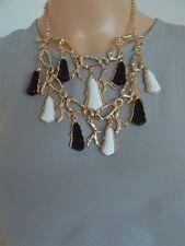 Negro Y Blanco Monocromo Coral Rama Distintivo Collar y Pendientes Set-UK