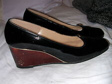 Vintage 1960's Black Leather Wood Wedge Heels by Geppetto Size 5 Medium