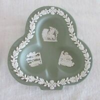 WEDGWOOD JASPERWARE SAGE GREEN, CLUB SHAPED ASHTRAY PIN TRINKET NUT DISH