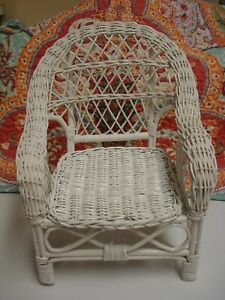 VINTAGE WHITE WICKER DOLL PLANT CHAIR 10 INCHES