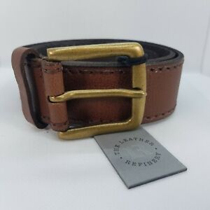 Mens Black or Tan LEATHER belt in gift box. BNWT. The Leather Refinery.