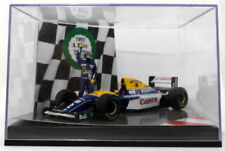 Voitures de courses miniatures jaunes pour Williams