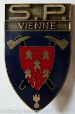 Insigne SAPEURS POMPIERS OBSOLETE FRANCE DEPARTEMENT VIENNE 86 ORIGINAL VARIANTE