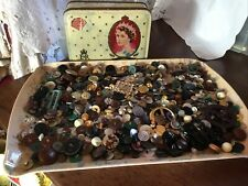 VINTAGE CORONATION TIN OLD MIXED BUTTONS & BUCKLES CRAFT SEWING UP CYCLING