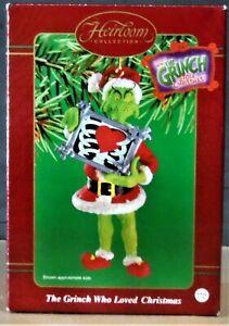 Grinch Who Loved CHRISTMAS 2000 Carlton CARD Santa Claus Hallmark style