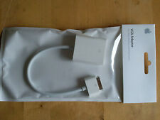 Genuine New Apple VGA ADAPTER for iPad iPhone iPod Touch MC552ZM/B Model A1368