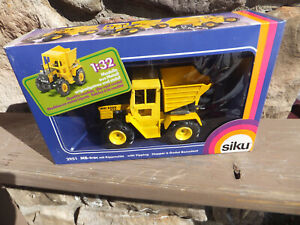 New SIKU MB-trac With Tipping Hopper 1;32 In Box #2951 West Germany
