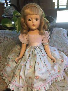 Vintage 1939-41 Mdm Alexander Madelaine Du Bain Composition Doll All Original