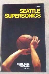 SEATTLE SUPERSONICS - NBA BASKETBALL MEDIA GUIDE - 1976 1977 - NM SHAPE