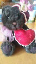 "7"" Russ Bears from the Past ""Dutchess"" w/ Victorian Hat & Heart Pillow #10145"