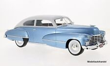Cadillac series 62 Club Coupe 1946 met. - bleu clair 1:18 Bos >> Nouveauté <<