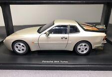 AUTOart 1:18 Porsche 944 Turbo - Silver - BRAND NEW * RARE COLOUR *