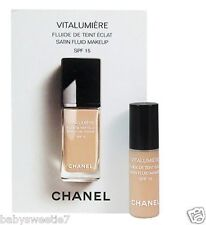 Chanel VITALUMIERE SATIN SMOOTHING FLUID MAKEUP #20 Claire 2.5ml