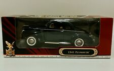 Road Signature 1/18 1941 Plymouth Special Deluxe Business Coupe 52038 Yat Ming