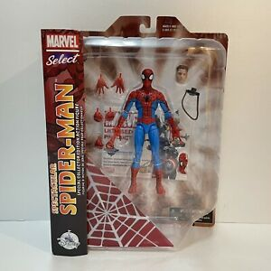 Spectacular Spiderman Action Figure Disney Store Exclusive - Marvel Select
