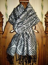 NWOT BIG Graphic PASHMINA Scarf / Wrap/ Shawl 68 x 27