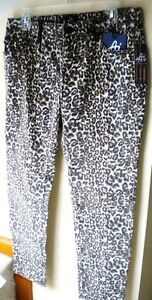 Authentic Icon (AI Classic), Cropped Cheetah Skinny Cotton Blend 27 Jean. Sz 6.