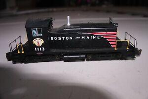 S-Helper Service S Gauge Diesel Locomotive SW-1 Boston & Maine #1113