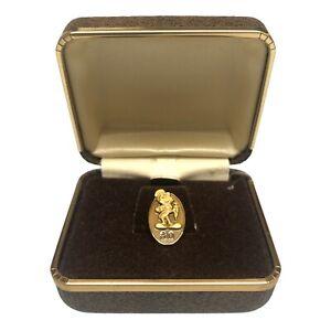 Disney 30 Year Cast Member Service Award Pin Jiminy Cricket