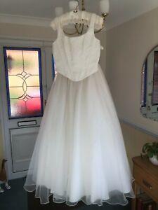 Augusta Jones wedding dress RRP £1,200 Size 12 Two Piece Bodice & Skirt