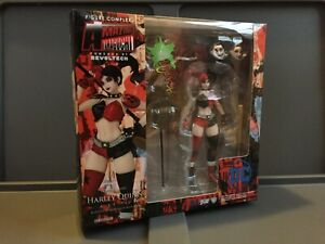 Amazing Yamaguchi Revoltech DC Comics - Harley Quinn - Complete