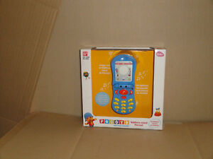 POCOYO TELEFONO MOVIL BY BANDAI FOR CHILDREN BRAND FACTORY NEW IN 2005