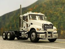 1/64 FIRST GEAR WHITE MACK GRANITE DAY CAB CHASSIS