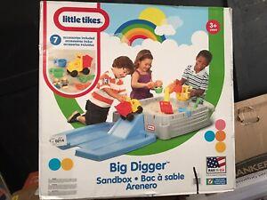 Little Tikes Big Digger Sandbox Portable Outdoor Kids Imaginative Play Set New