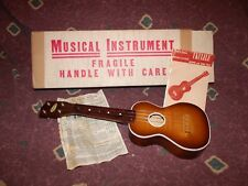 ca 1964 Harmony Soprano Ukulele Exc+ in Original Box essentially NIB