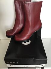 "NIB Ellemenno Red Boots Size 8M, 4"" Heels in Excellent Shape"