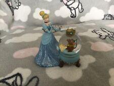 Disneyland Paris Cinderella & Gus Gus Small Snowglobe Figurine READ DESCRIPTION