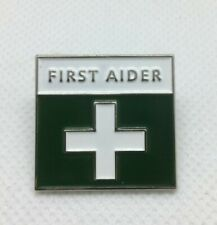 FIRST AIDER AID GREEN WHITE CROSS  PIN BADGE LAPEL BADGE FANCY DRESS NURSE GIFT