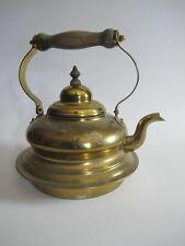 Ältere authentische Teekanne Kanne aus Messing