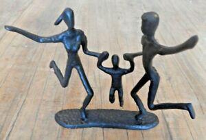 Cast iron Happy family ornament The celebration Figurine