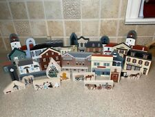 The Cat'S Meow Village Mixed Series. Large lot of 30 Pieces.