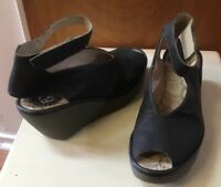 Fly London Yala Gray Leather Peep Toe Wedge Sandals Shoes Women's Size 38 / 7.5