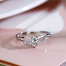 Certified 0.50ct Round Cut Moissanite 10K White Gold Creative Engagement Ring