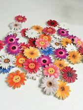 10 piezas de girasol al azar Mezclado Flor Pintada Botones Decorativos de Madera Art 290