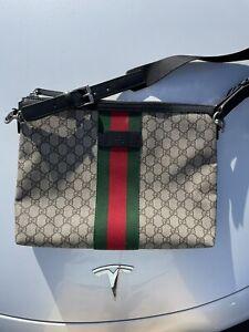 Gucci Canvas Web Messenger Bag Medium