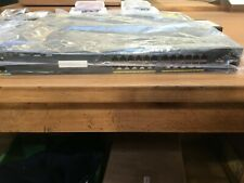 Routeur Switch Cisco WS-C2960XR-24TS-I switch 24 ports RJ45 1000 mb/s