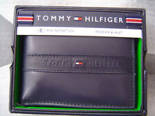 TOMMY HILFIGER MEN'S BANDED RUBBER LOGO LEATHER BIFOLD WALLET NAVY BLUE