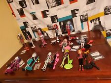 Monster High Doll Lot & Accessories  Wave 1, mostly complete