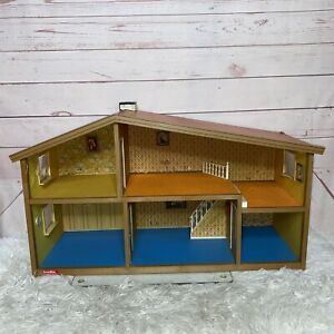 Vintage LUNDBY Doll House Sweden 2 story 5 Rooms !!READ!!